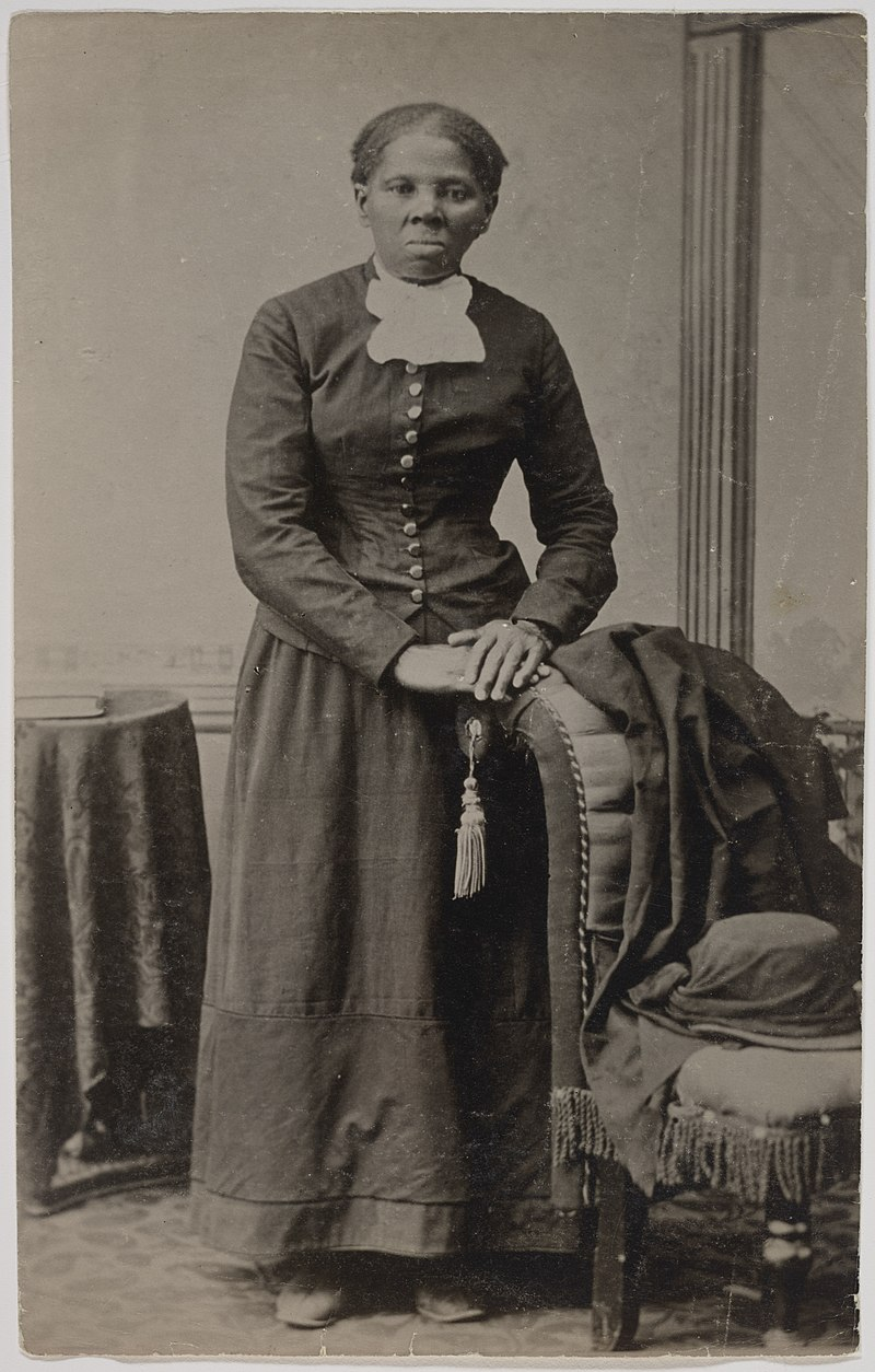 800px-(Portrait_of_Harriet_Tubman)_(LOC)_(38899564300)