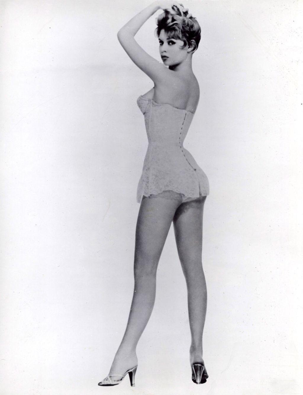Brigitte-bardot-embleme-de-l-emancipation-des-femmes_width1024