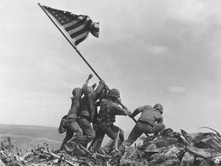 raising-the-flag-on-iwo-jima-rosenthal