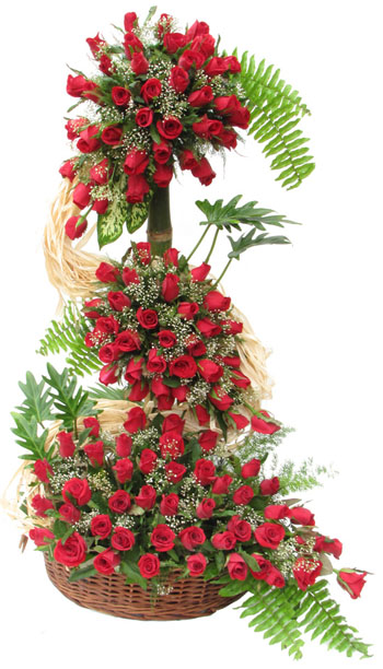 Special-Moments-4Ft-Tall-100Red-Roses-Arrangement