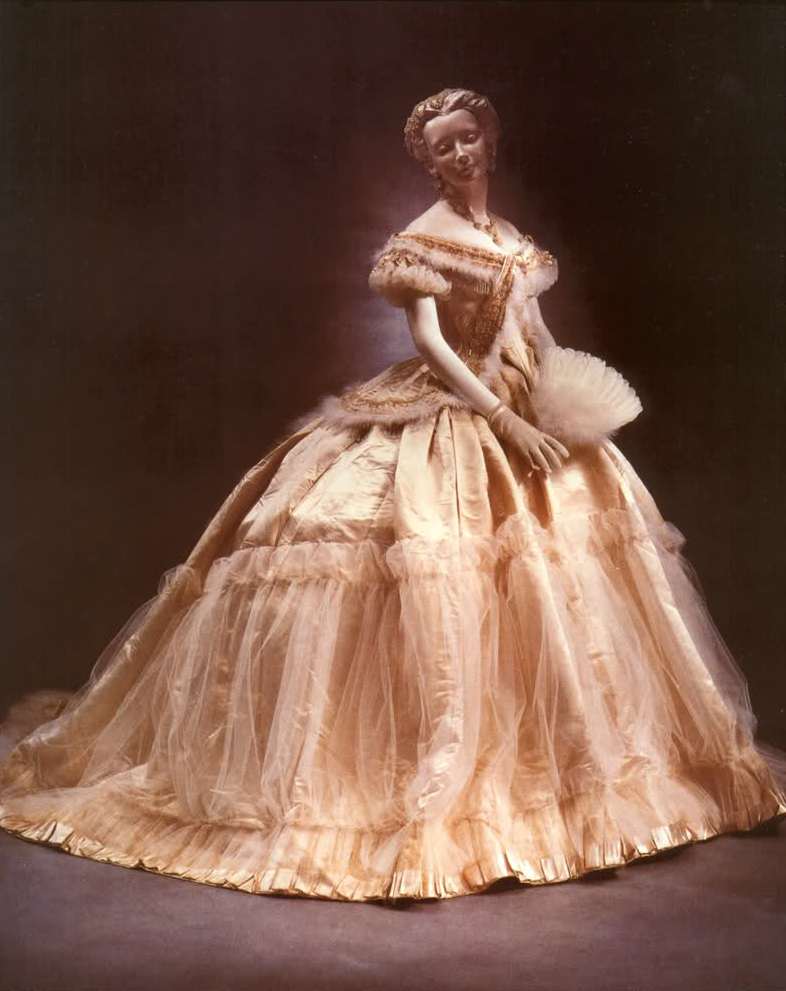 dress_worn_by_empress_sisi_