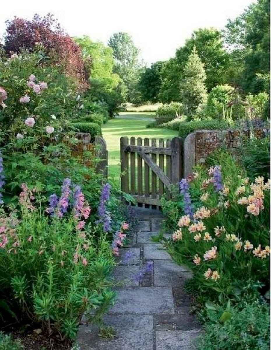 02-Stunning-Front-Yard-Cottage-Garden-Inspiration-Ideas