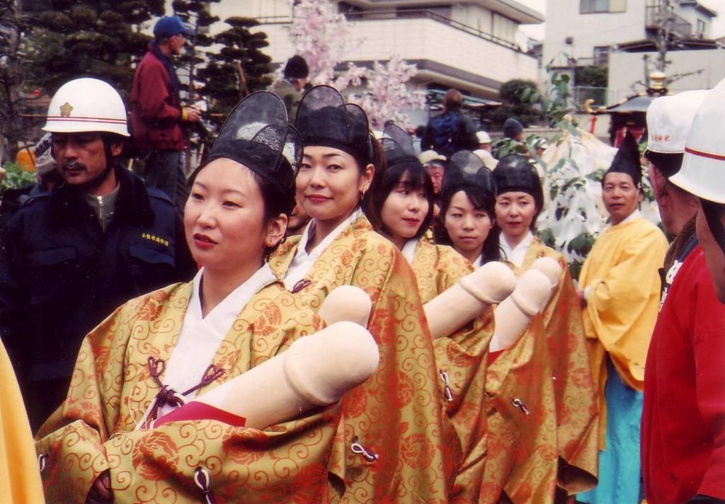 Japanese-Penis-Festival-13