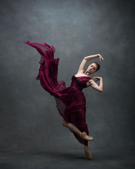 ffee5c0e0ce5a2a400474fab4fdbde4d--american-ballet-theatre-ballet-photography