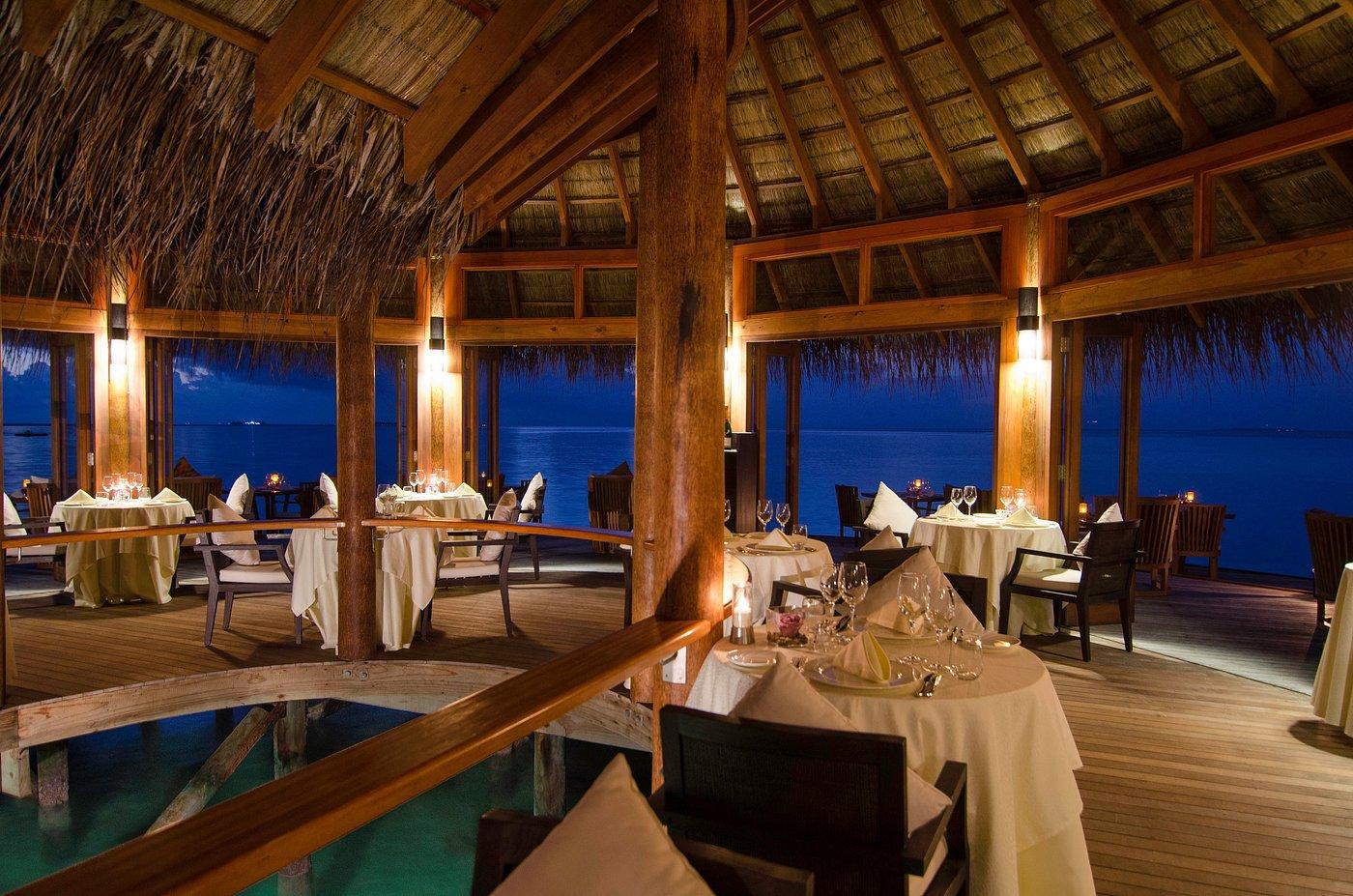 muraka-restaurant-interior